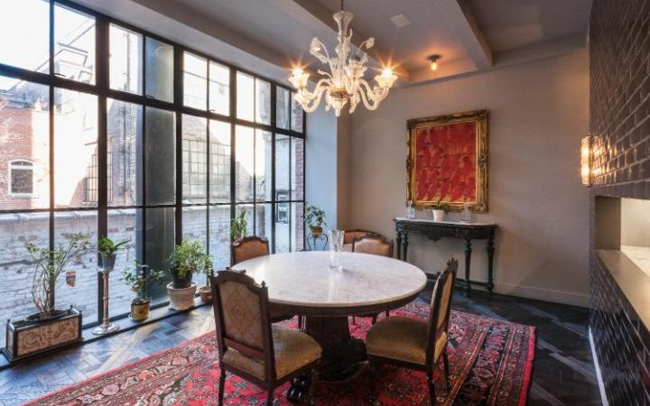 Dining room CREDIT: LESLIE J GARFIELD