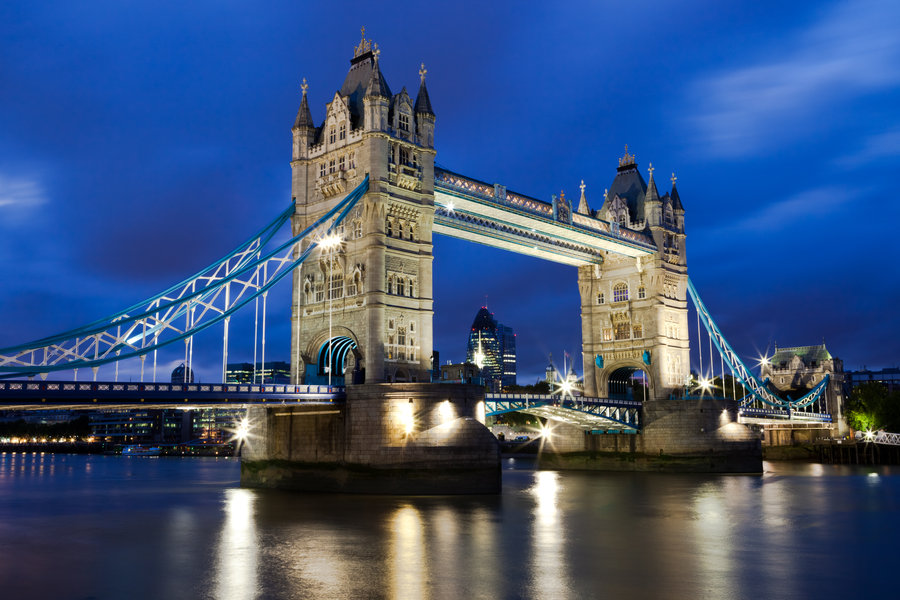 london_tower_bridge_by_thameralhassan-d58skx2