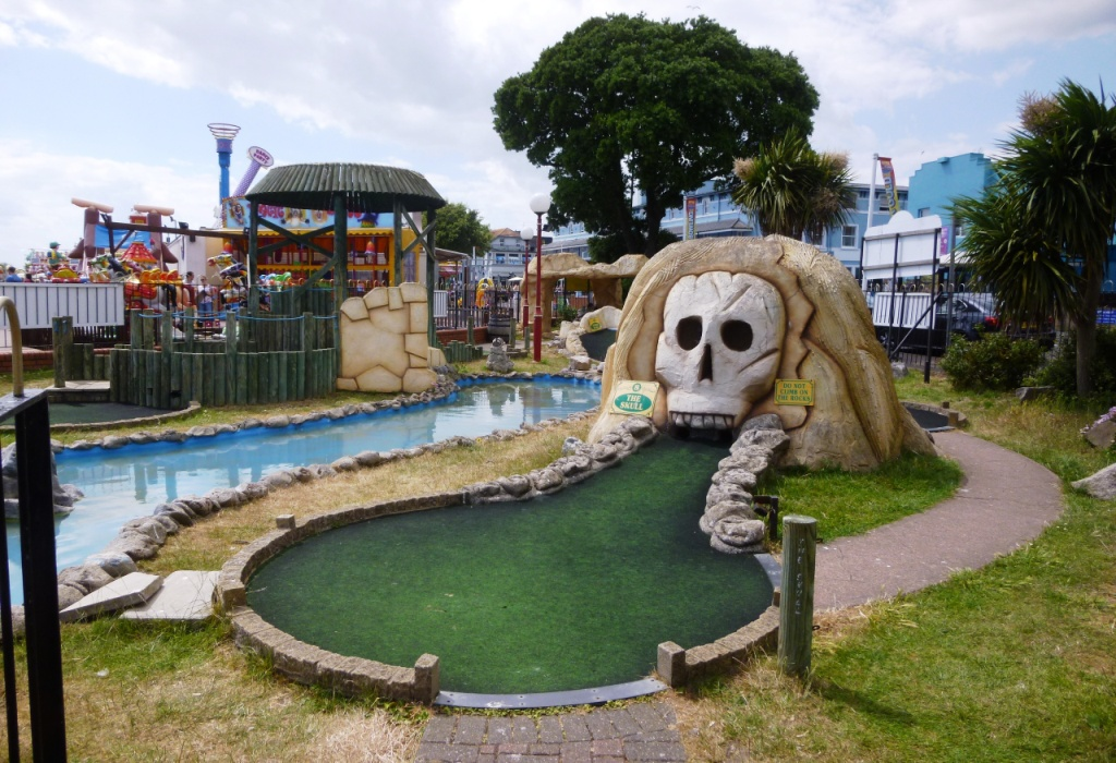 Adventure Golf at The Pavilion Fun Park in Clacton-on-Sea (Source: The Ham and Egger Files)